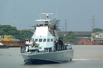 22 chinese arrested nigeria illegal fishing