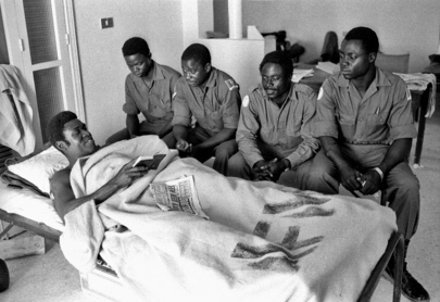 Nigerian UNIFIL troops visit a wounded colleague in hospital