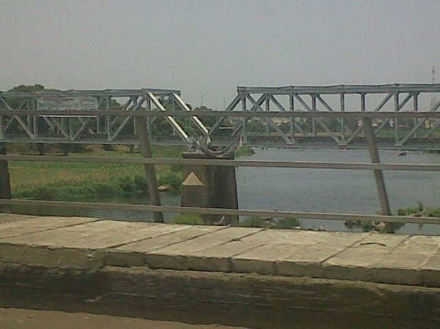 Kaduna River bridge bifurcates the city into a christian south and a muslim north