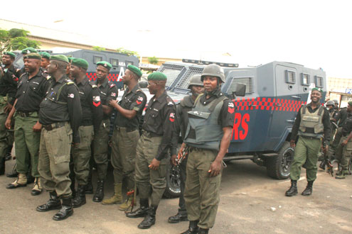 MOPOL cops of the Lagos State Police Command's Rapid Response Squad(RRS)