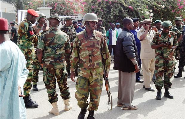 Nigerian Army officers and men throw a cordon around Kano preparatory to a Presidential visit,22 Jan