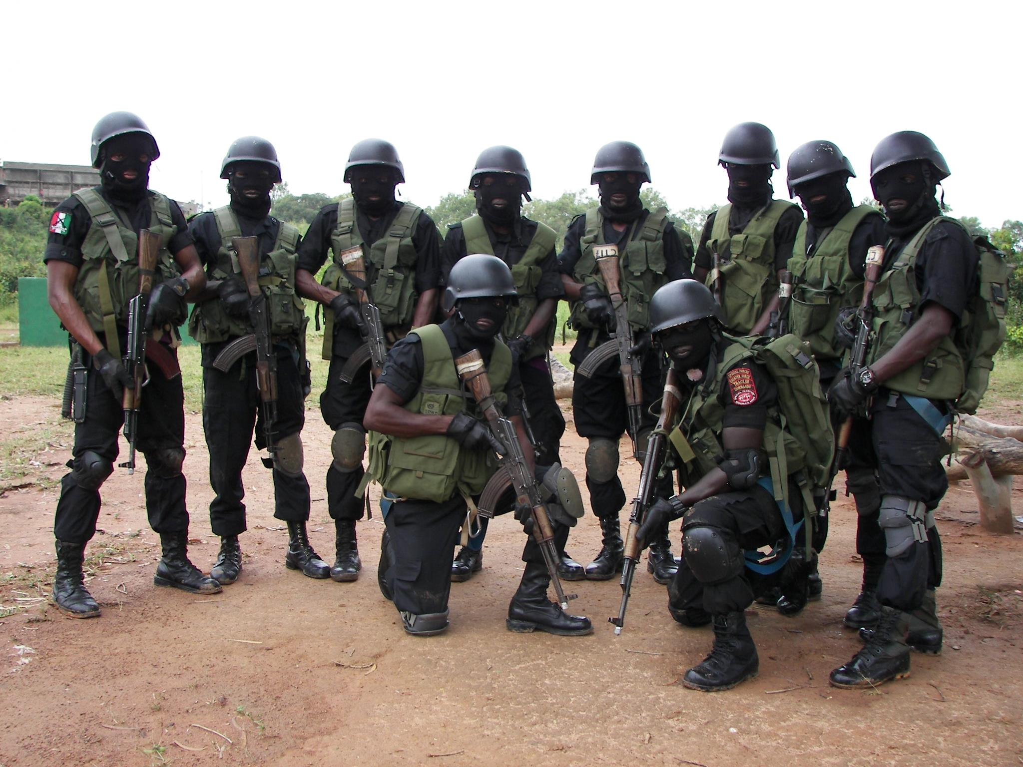 NIGERIAN ARMY SPECIAL FORCES RAID UNCOVERS WAREHOUSE WITH ...  Nigerian Army Special Forces